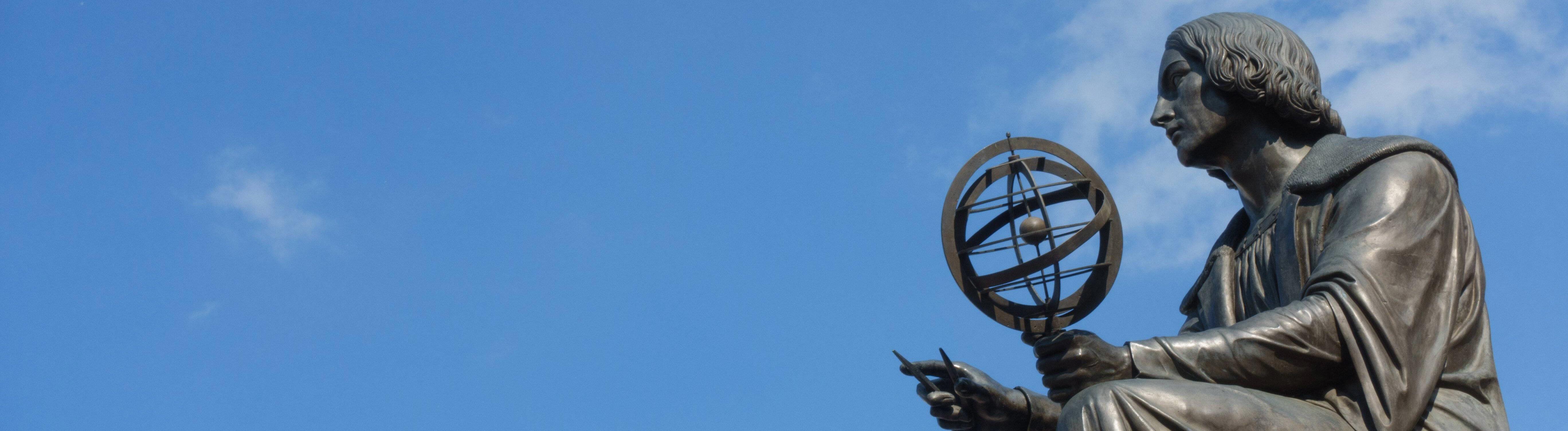 Eine Statue des Astronomen Nicolaus Copernicus.