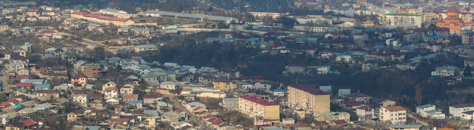 Blick auf Stepanakert, der Hauptstadt der Republik Arzach.