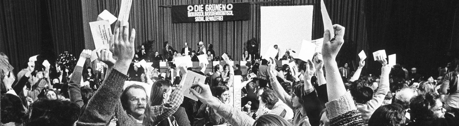 Gründungsparteitag der Grünen in der Stadthalle in Karlsruhe.