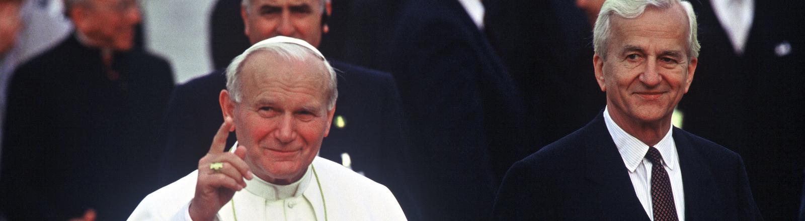 Johannes Paul II und Richard von Weizsäcker