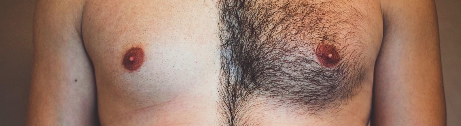 Ein Oberkörper eines Mannes - nackt. Die eine Hälfte der Brust ist rasiert, die andere nicht.