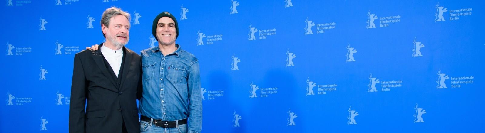 "70. Berlinale, Photocall, Berlinale Special Gala, ""Curveball"": Schauspieler Michael Wittenborn (l) und Sebastian Blomberg."