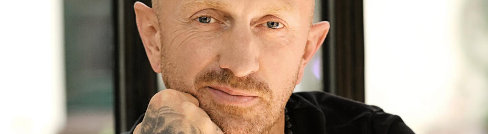 Der Tätowierer Andy Engel