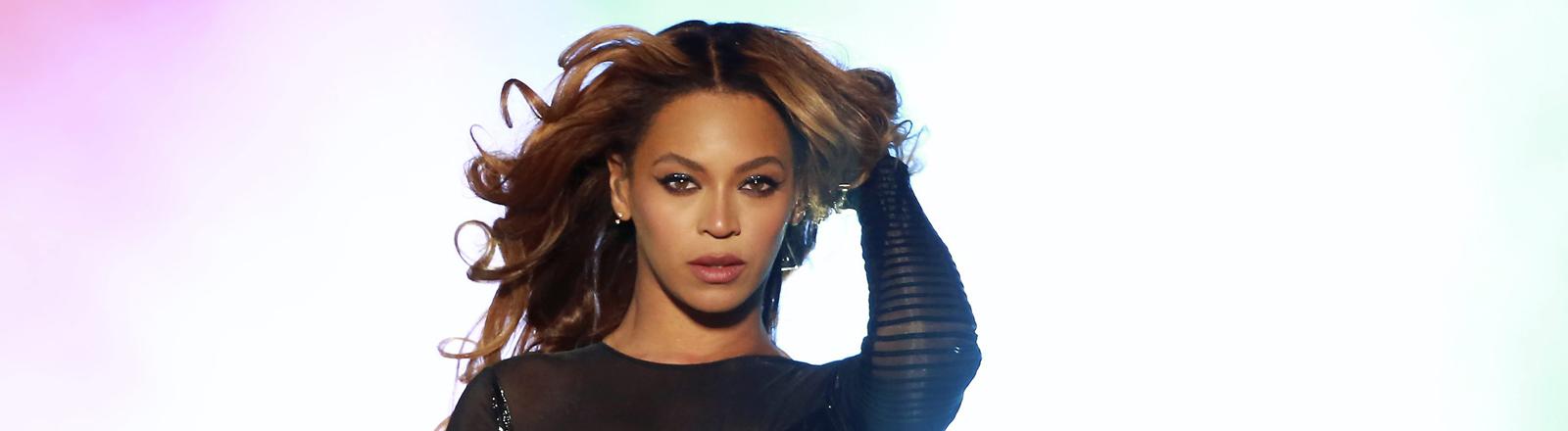 Beyoncé bei einem Auftritt im Stade de France am 13. September 2014