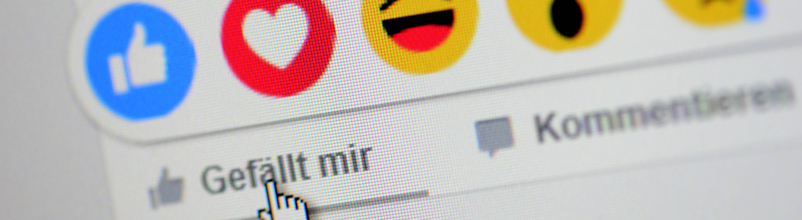 Like-Buttons und Emoticons bei Facebook