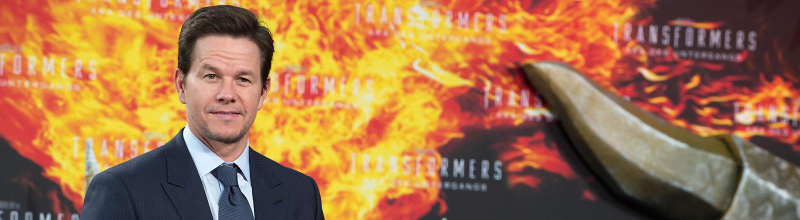 """Schauspieler Mark Wahlberg kommt am 29.06.2014 in Berlin zur Europapremiere des Films """"Transformers: Ära des Untergangs""""."""