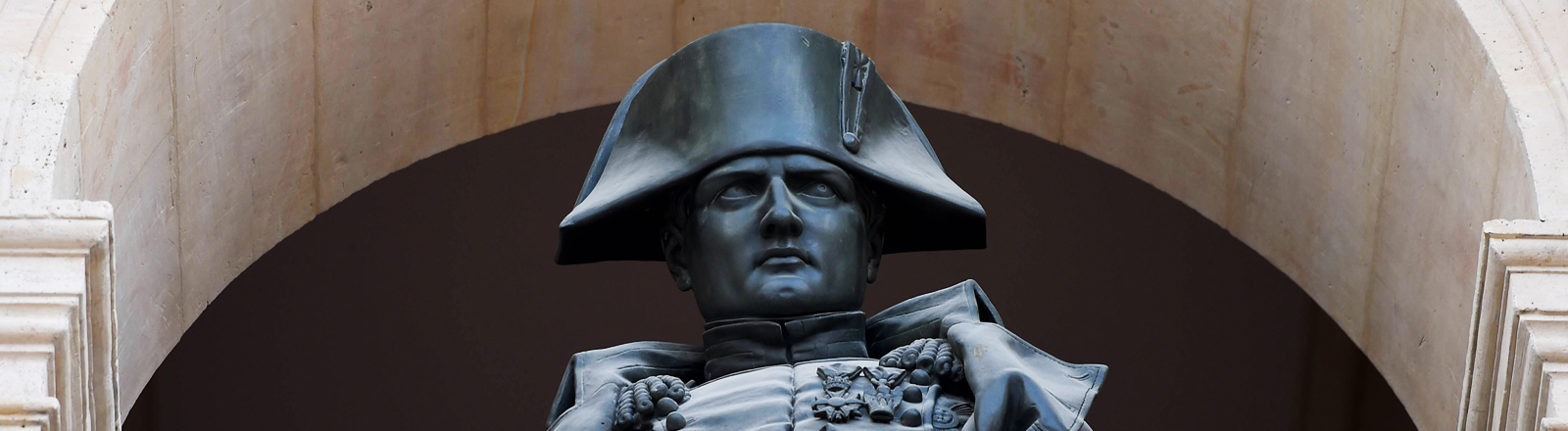 Napoleon-Statue in Paris