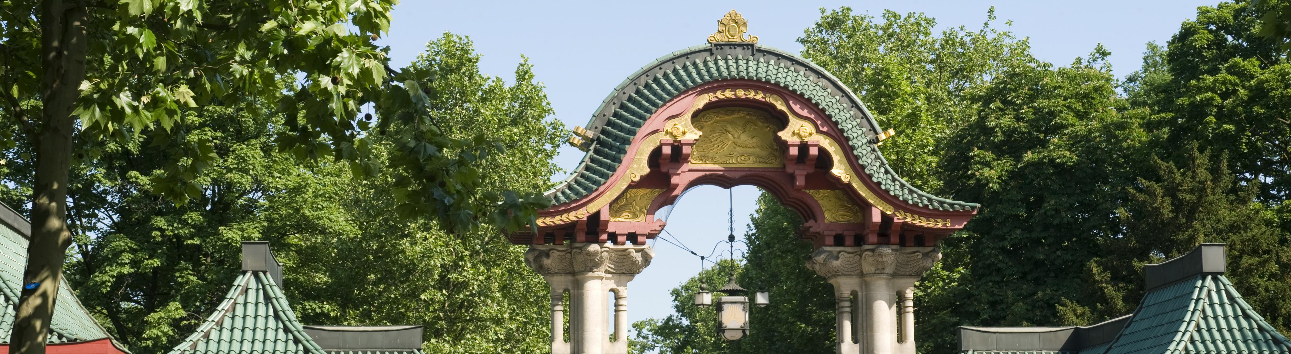 Das Elefantentor - Eingang zum Zoo in Berlin,