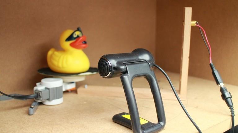 Ein 3D-Scanner aus einer Webcam, einem Linienlaser sowie einem Lego-Motor