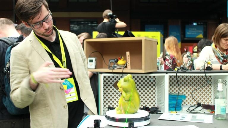 Gebaut hat ihn - sowie noch genauere 3D-Scanner - Dominik Heun