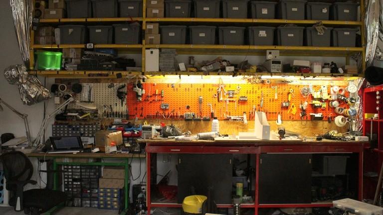 Elektronik, Holz und Stahl. An der Modulab-Werkbank lässt sich alles verarbeiten.
