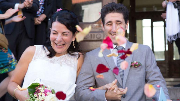 Claudia S.C. Schwartz, Schauspielerin und Autorin, heiratet den israelischen Komponisten Schaul Bustan.