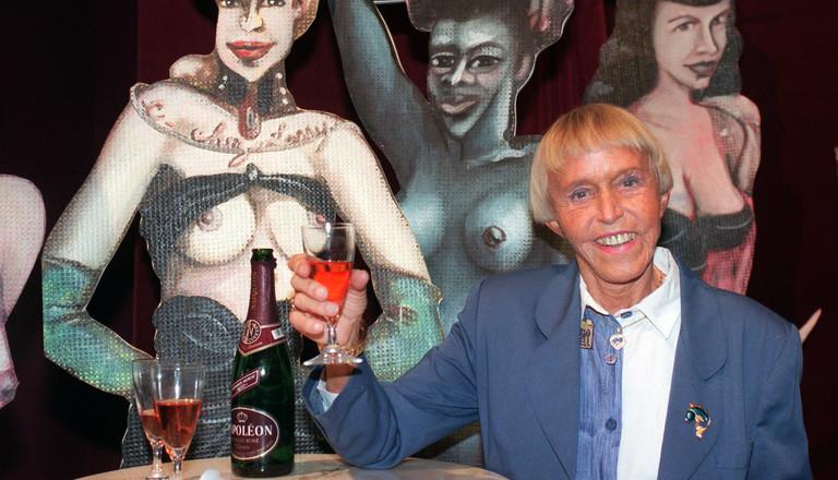 Beate Uhse 1996 bei der Eröffnung des Berliner Erotik-Museums