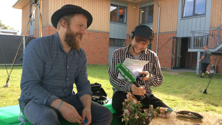 DRadio-Wissen-Reporter Daniel Hauser mit Alex Clare