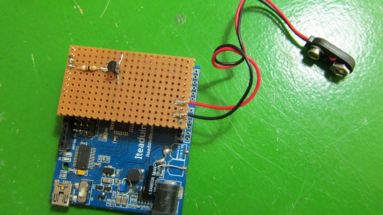 ...jetzt als selbstgelötetes Arduino-Shield.