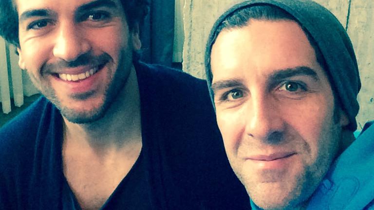 Der Schauspieler Elyas M´Barek (links) mit Moderator Tom Westerholt