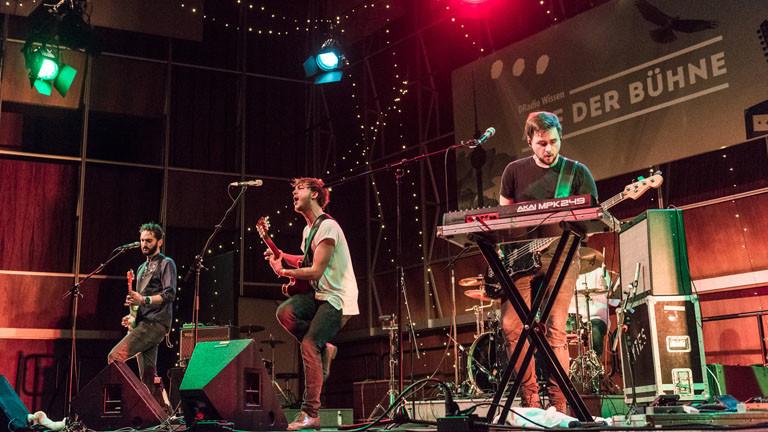 KYTHES auf der Bühne