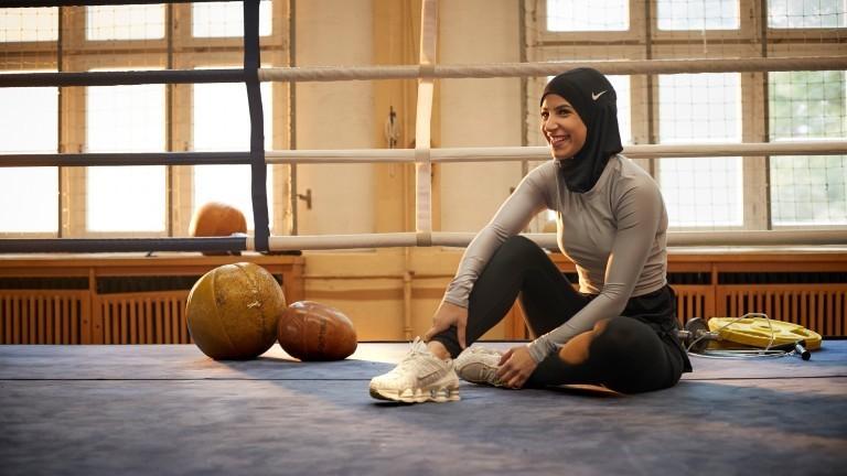 Boxerin Zeina Nassar auf der Boxmatte.