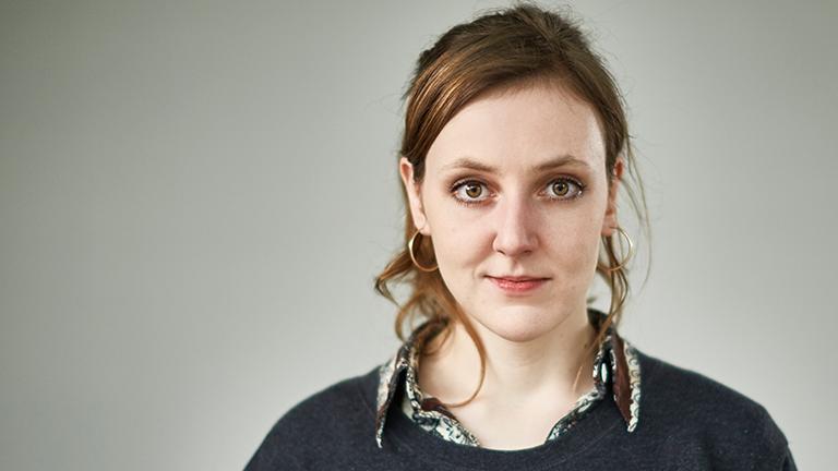 Portrait der Reporterin Valerie Schönian
