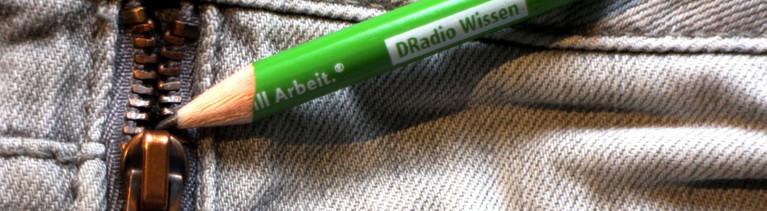 Das Graphit aus einer Bleistiftmine macht Reißverschlüsse wieder gangbar.