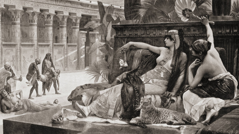 Cleopatra Testing Poisons On Condemned Prisoners. After The Painting By Alexandre Cabanel. From Hutchinson s History Of The Nations, Published 1915