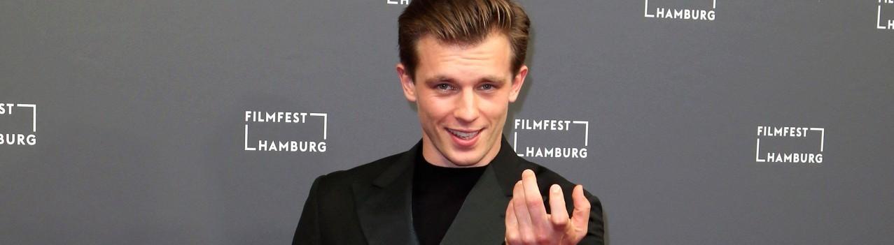 Jannis Niewöhner bei der Premiere des Kinofilms Cortex auf dem 28. Filmfest Hamburg 2020.