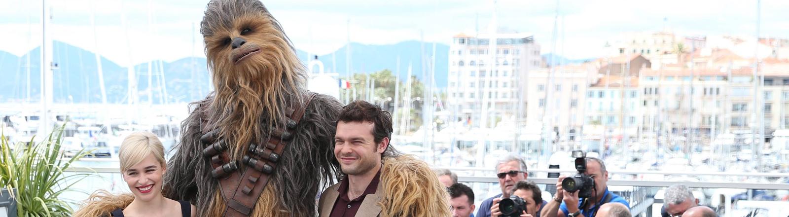 Emilia Clarke, Chewbacca, Alden Ehrenreich in Cannes 2018