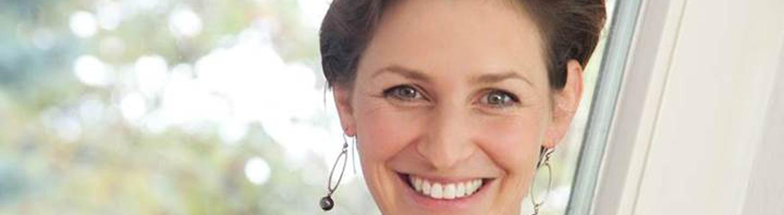 """Natalie Grams hat sich von der Homöopathie abgewandt und das Buch veröffentlicht: """"Homöopathie neu gedacht"""""""