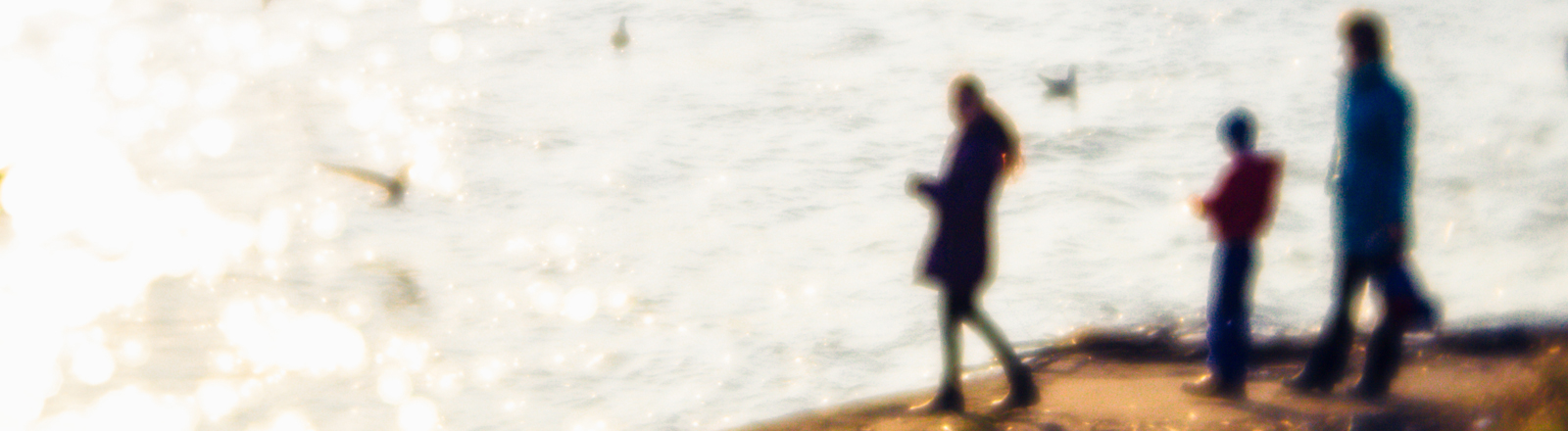Eine Familie am Strand