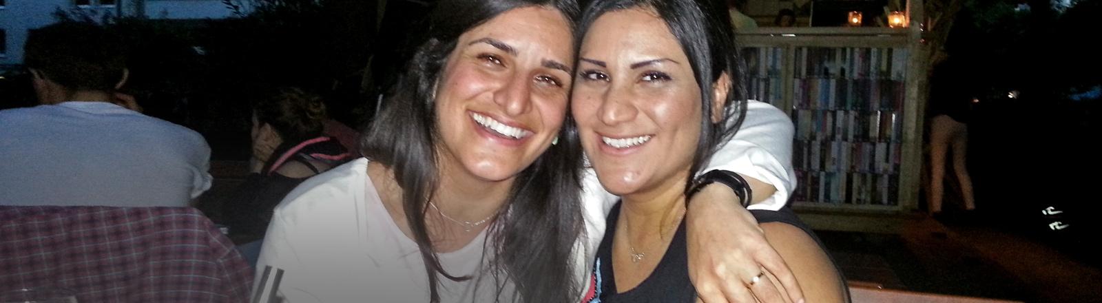 Nilofar  Elhami und Nazli