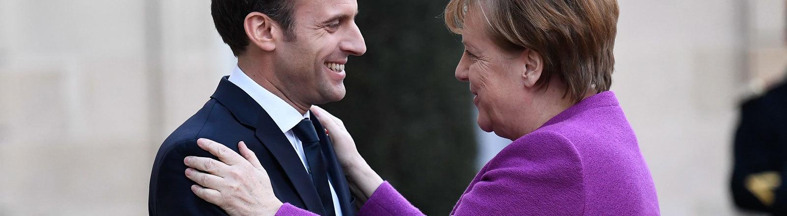 Treffen Bundeskanzlerin Angela Merkel mit französischem Präsidenten Emmanuel Macron in Paris 16.03.2018 nach Merkels Wiederwahl.