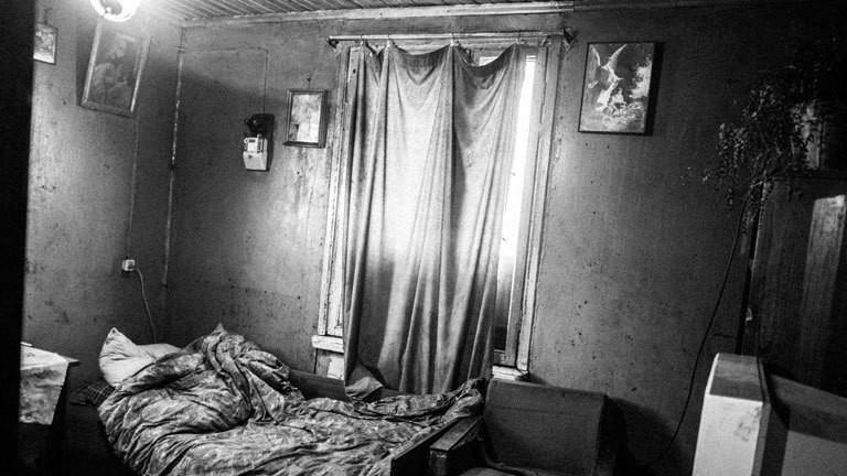 Ein Zimmer in einer Wohnung in Litauen
