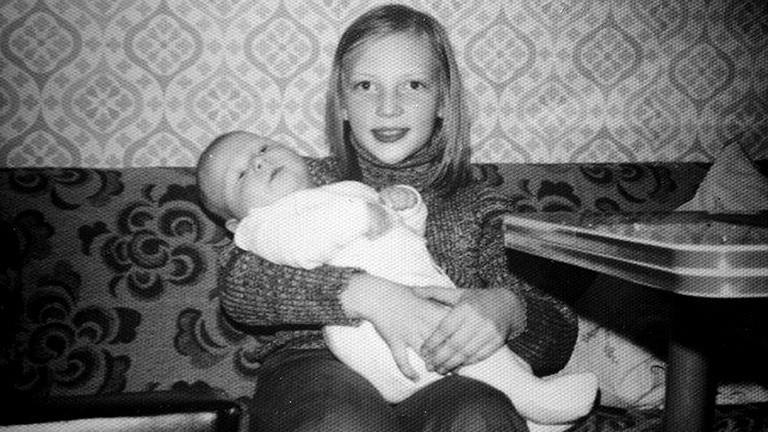 Achim Schmid mit seiner Schwester