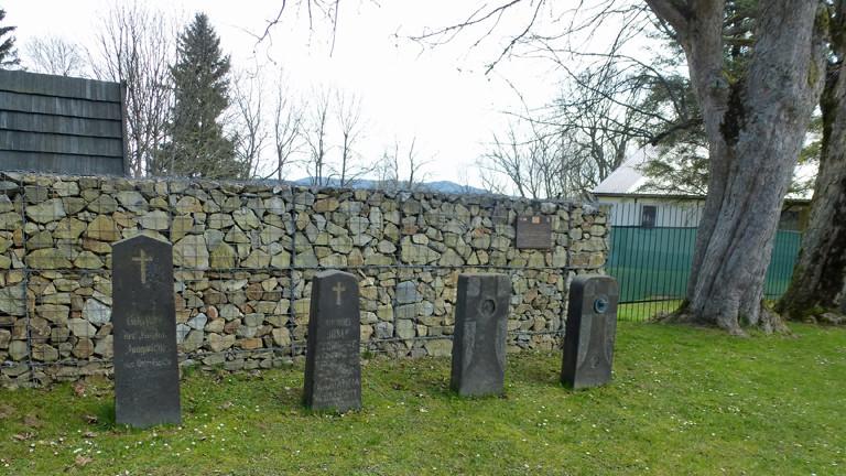 In Kuschwarda hat Elke einen winzigen deutschen Friedhof entdeckt.