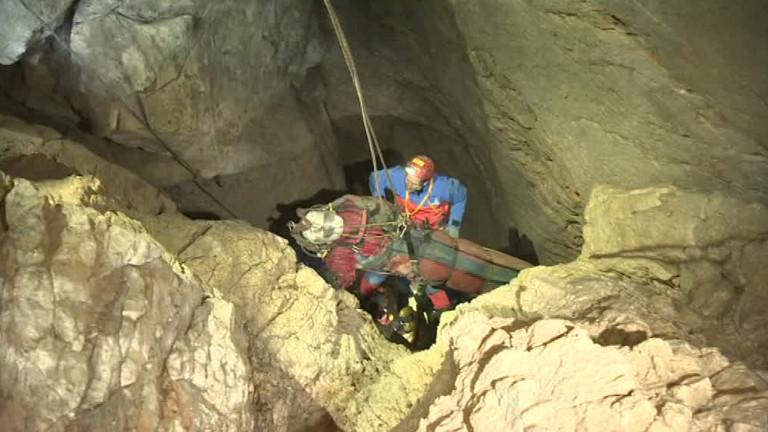 Rettung aus der Höhle