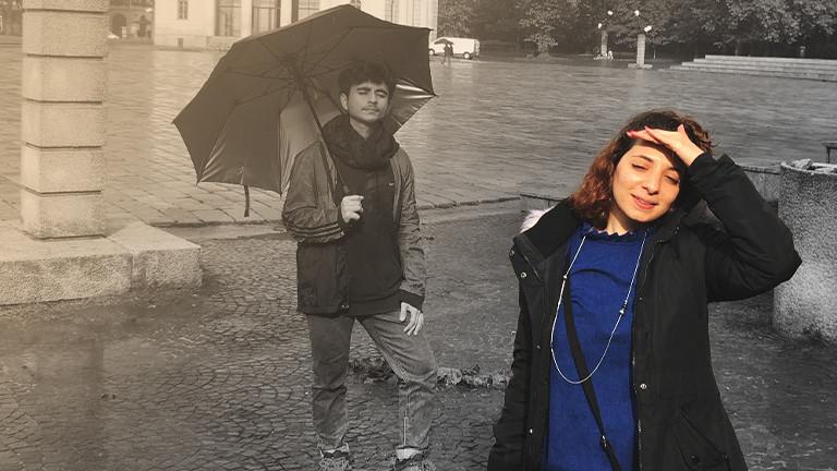 Heba (vorne) und ihr Freund Kinan