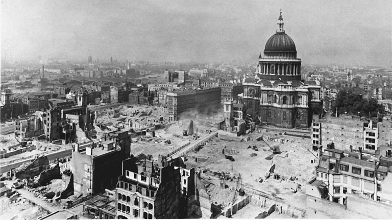 Das zerstörte London nach dem 2. Weltkrieg