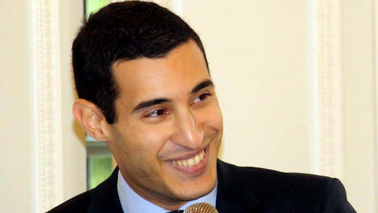 Rayan Nezzar im Anzug bei einer Veranstaltung