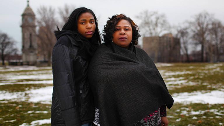 Samaria Rice und ihre Tochter - Mutter und Schwester von Tamir Rice.