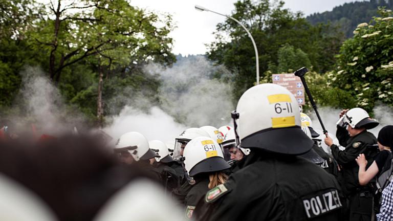 Polizeieinsatz mit Gas
