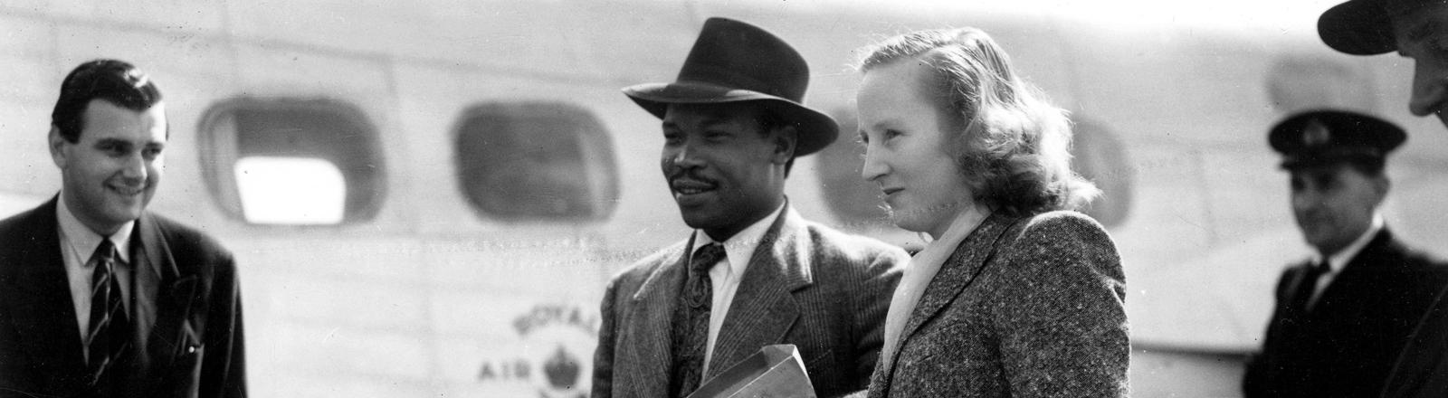 Seretse Khama und seine Frau Ruth in Southhampton