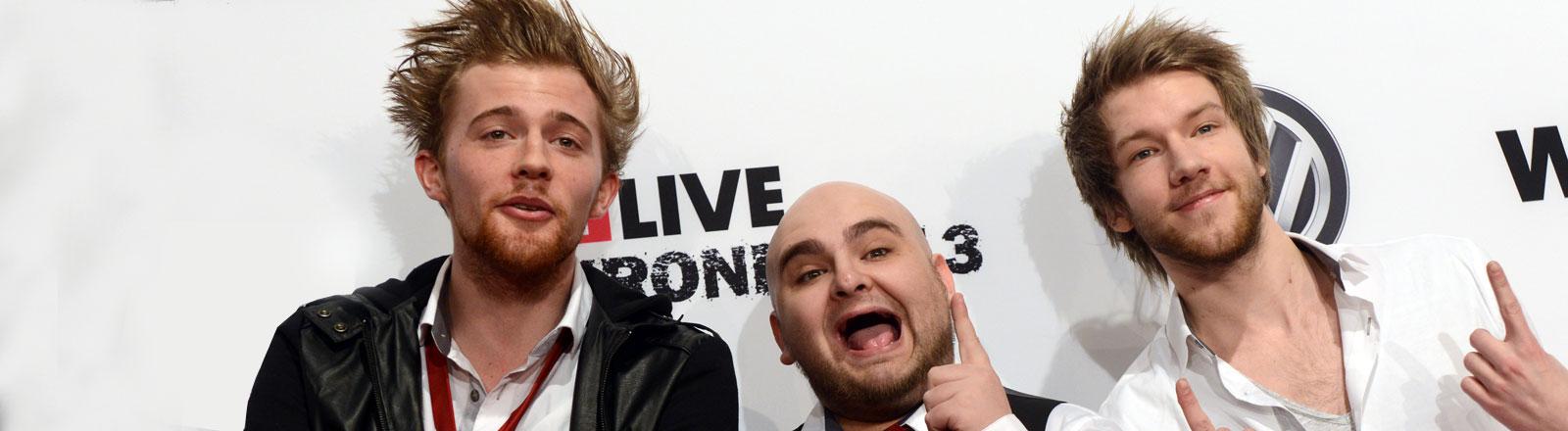 Das Musik- und Comedytrio Apecrime bei der Verleihung der 1Live Krone