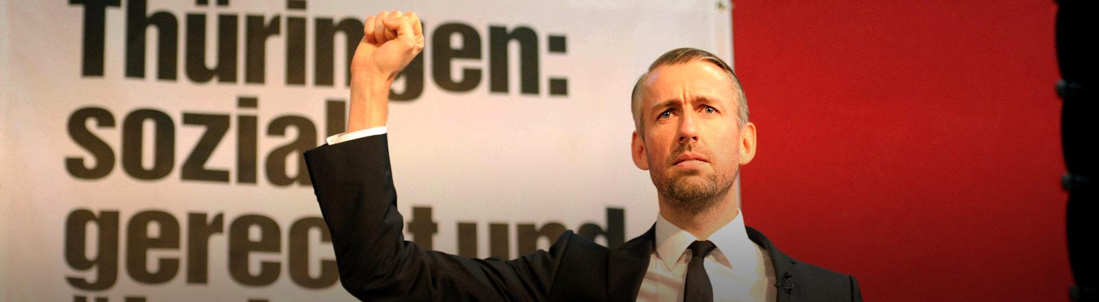 """Sebastian Pufpaff auf einer Veranstaltung der Partei """"Die Linke"""""""
