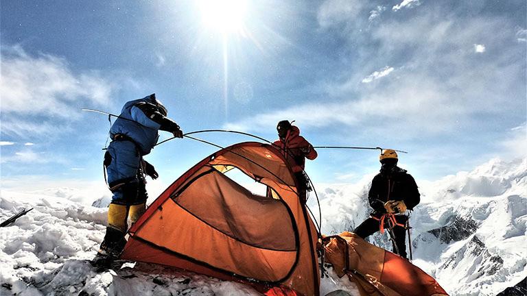 Zeltplatz an einem Hochlager auf dem K2