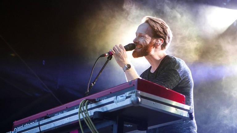 Enno Bunger live auf dem MS Dockville Festival
