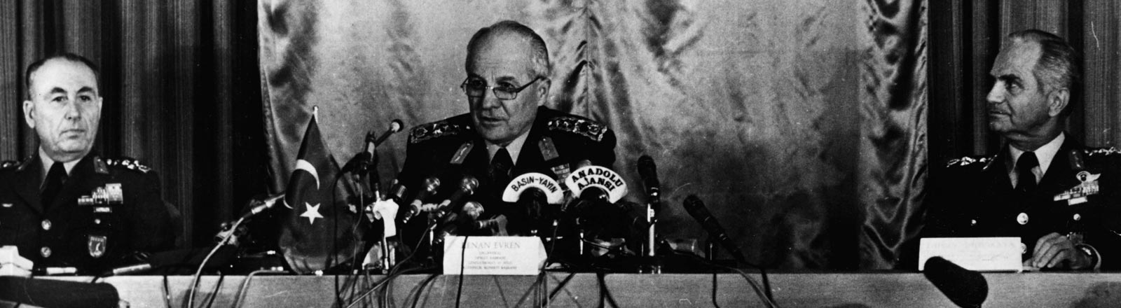 General Kenan Evren übernahm nach einem Putsch die Macht in der Türkei