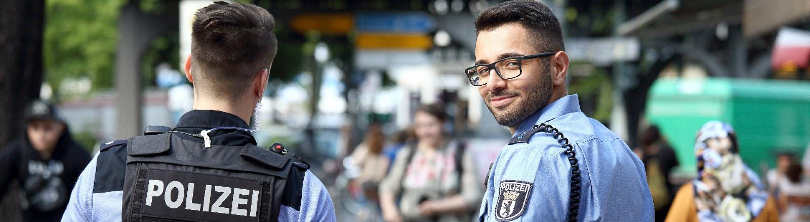 Polizist mit Migrationshintergrund
