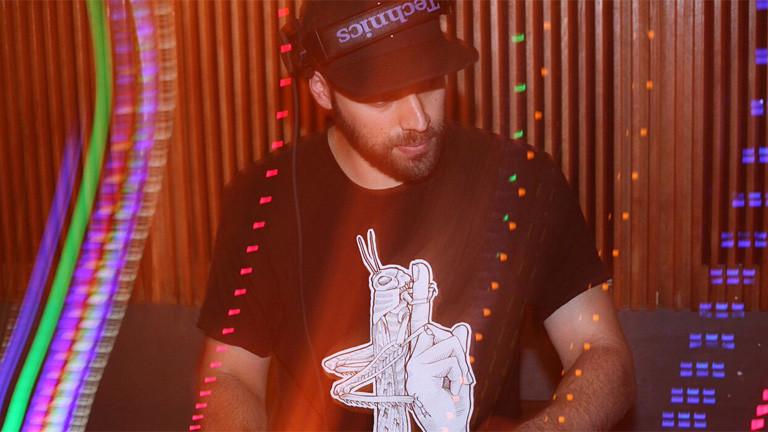 DJ am Mischpult