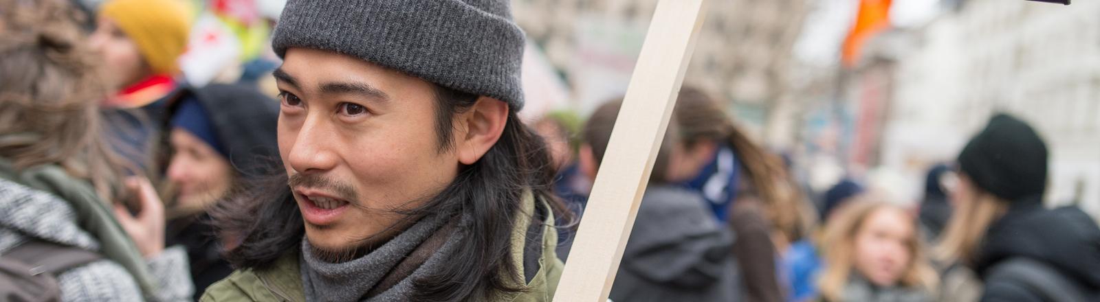 Student auf einer Demo gegen Studiengebühren in Stuttgart.