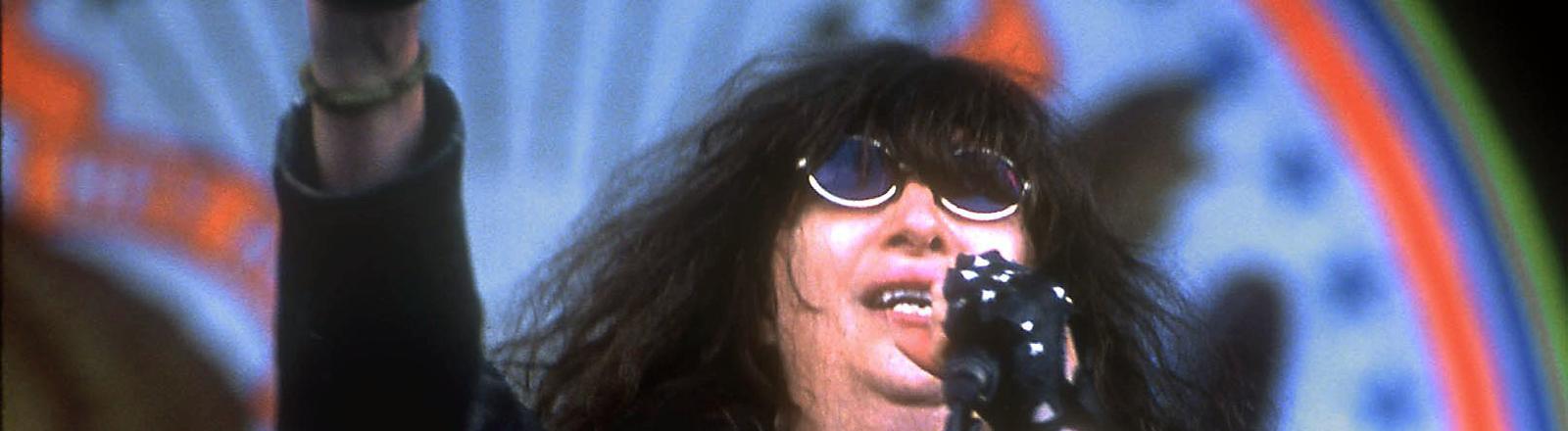 Joey Ramone, Sänger, Gründer und Namensgeber der Punk-Band The Ramones.